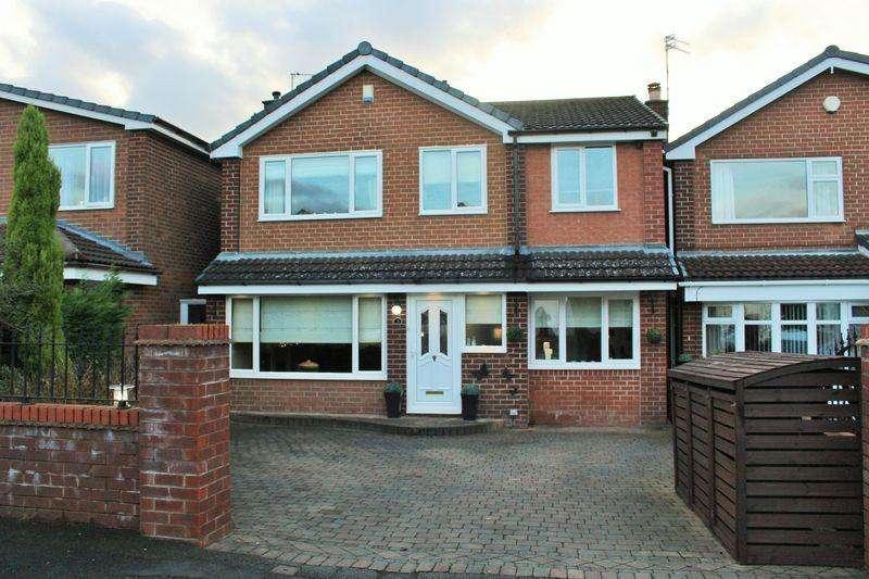 4 Bedrooms Detached House for sale in Alton Close, Ashton-Under-Lyne