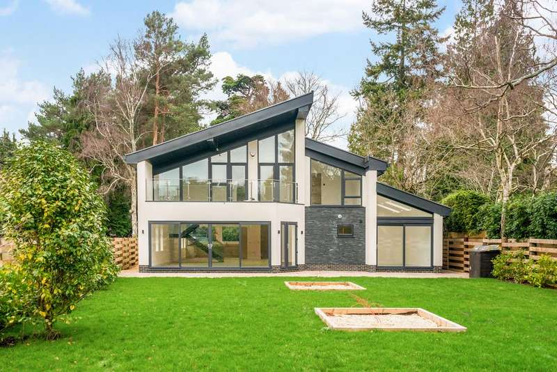 4 Bedrooms Detached House for sale in Upper Golf Links Road, Broadstone, BH18