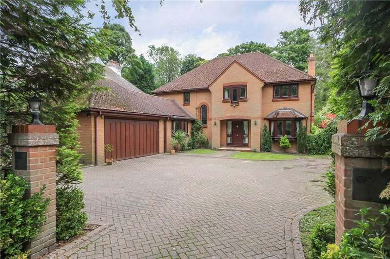 5 Bedrooms Detached House for sale in New Road, Digswell, Welwyn, Hertfordshire