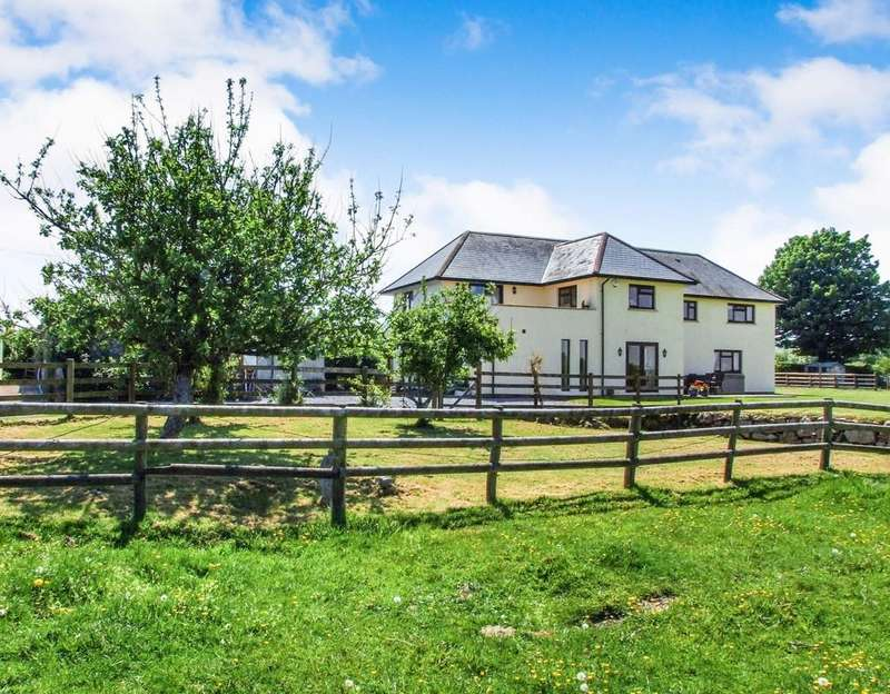 5 Bedrooms Detached House for sale in North Bovey, Devon
