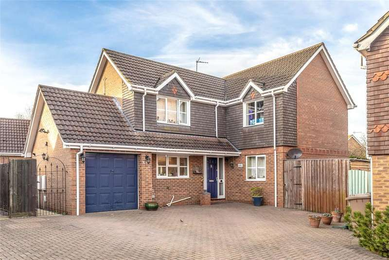 4 Bedrooms Detached House for sale in Bristow Road, Cranwell Village, NG34
