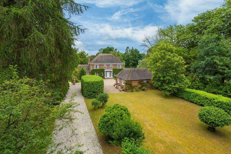 5 Bedrooms Detached House for sale in Oxford Road, Frilford Heath
