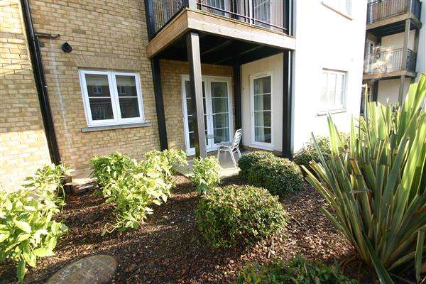2 Bedrooms Apartment Flat for rent in Gilbert Court, Colchester