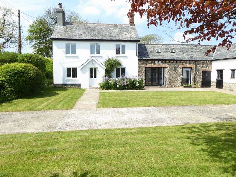 6 Bedrooms Property for sale in Pyworthy, Devon