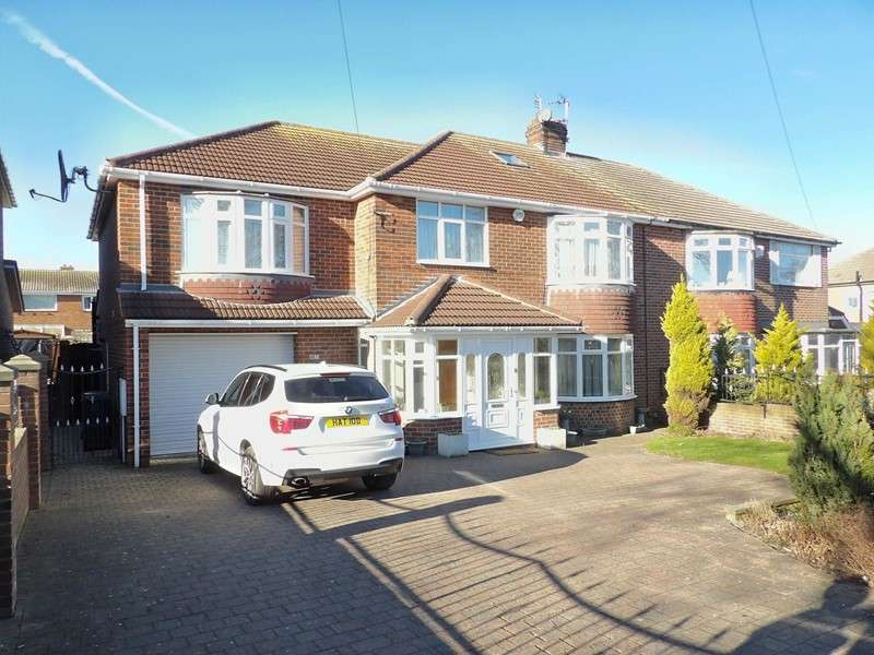 4 Bedrooms Property for sale in King George Road, Harton, South Shields, Tyne and Wear, NE34 0ET