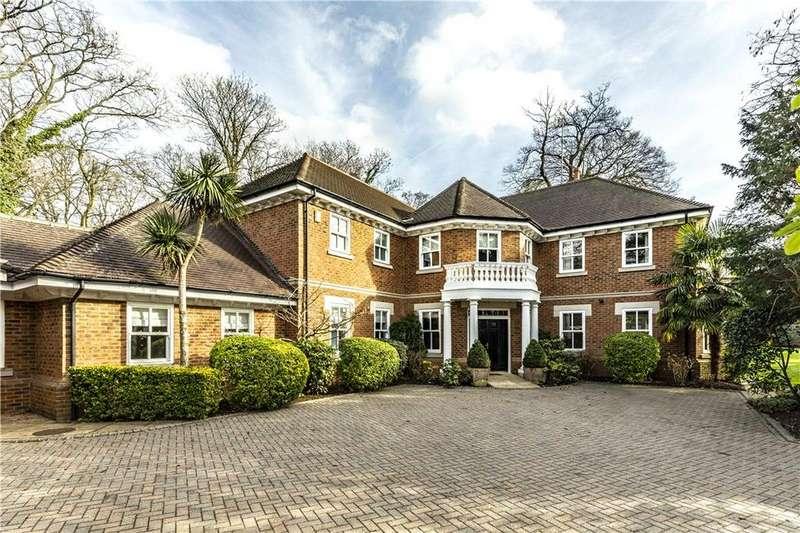 4 Bedrooms Detached House for sale in Fairacres, Cobham, Surrey, KT11