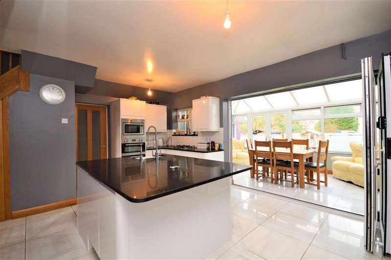 5 Bedrooms Semi Detached House for sale in Web Tree Avenue, Hereford