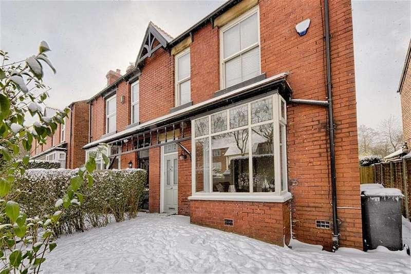 4 Bedrooms Semi Detached House for sale in Mottram Road, Stalybridge