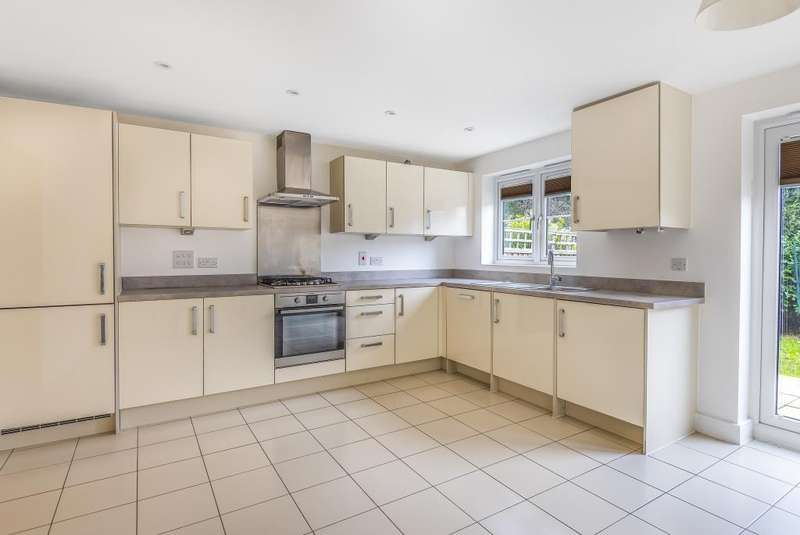 4 Bedrooms Detached House for sale in Wyeth Close, Maidenhead, SL6