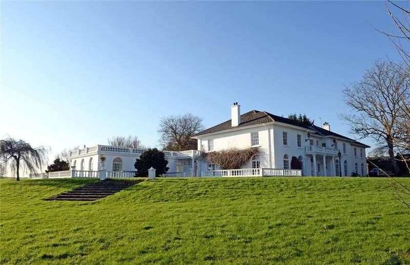 5 Bedrooms Unique Property for sale in Bonvilles Court, Nr Saundersfoot, Pembrokeshire, SA69