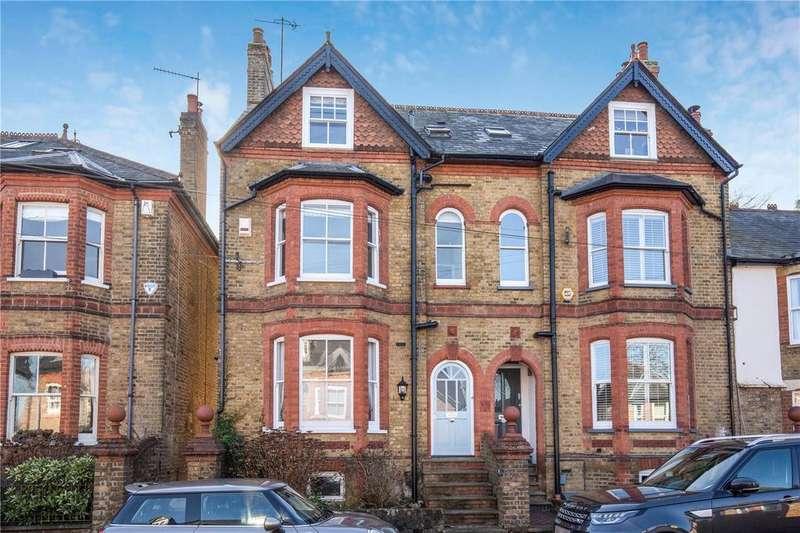 5 Bedrooms End Of Terrace House for sale in Torrington Road, Berkhamsted, Hertfordshire, HP4
