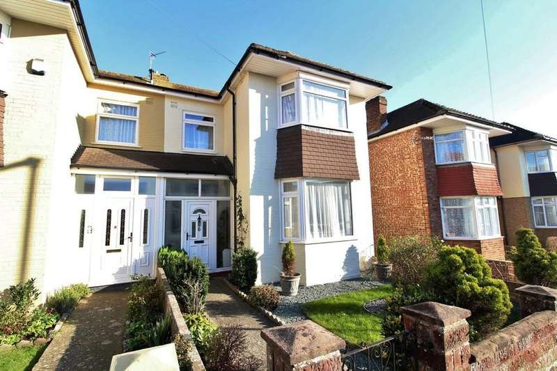 3 Bedrooms Semi Detached House for sale in Winterhill Road, Cosham