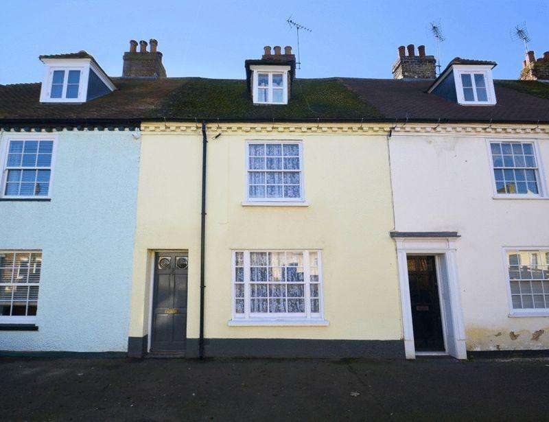 3 Bedrooms Terraced House for sale in High Street, Queenborough