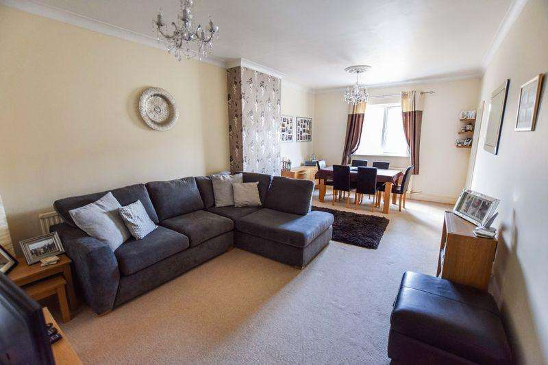2 Bedrooms Flat for sale in Chaucer Road, Bedford