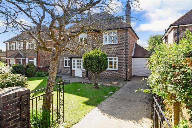 5 Bedrooms Detached House for sale in Broadview Gardens, , High Salvington, Worthing, West Sussex