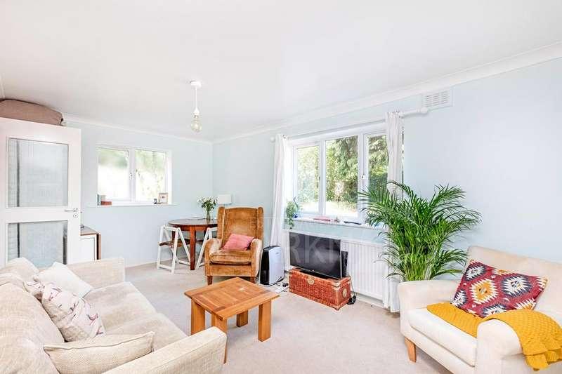 1 Bedroom Flat for sale in Doradus Court, Augustus Road, Southfields, SW19