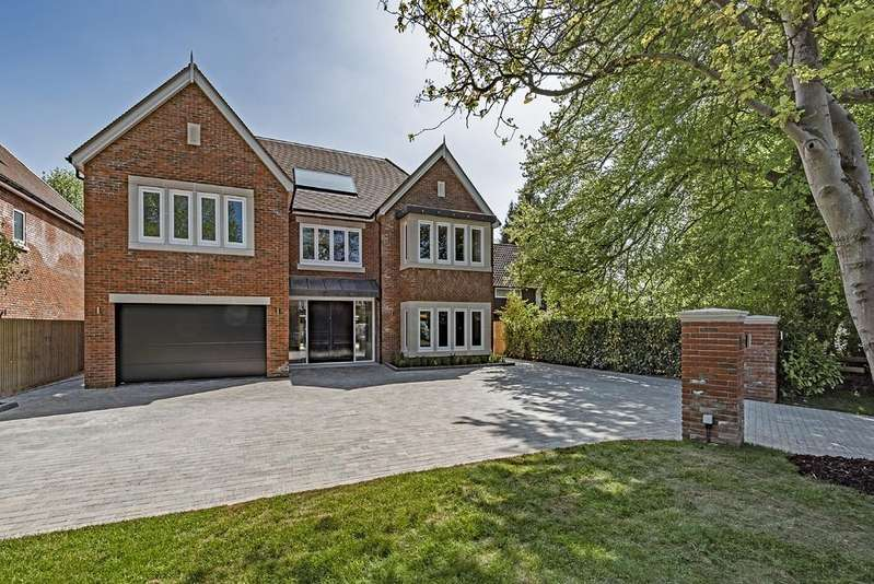 5 Bedrooms Detached House for sale in Avenue Road, Dorridge, Solihull, B93