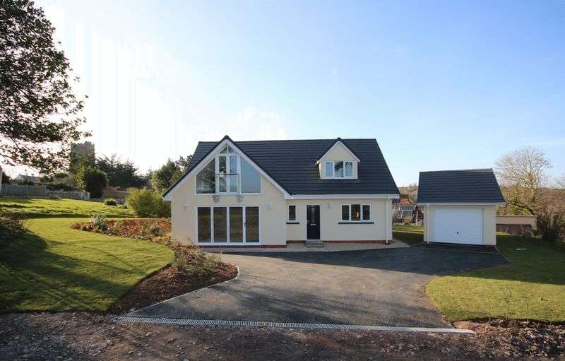 3 Bedrooms Property for sale in Brendon Road, Watchet