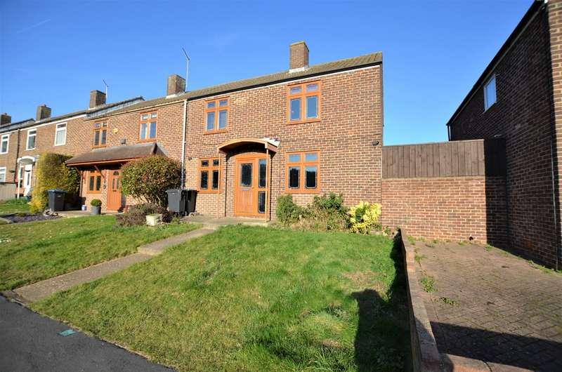 3 Bedrooms Property for sale in Westfield, Harlow CM18