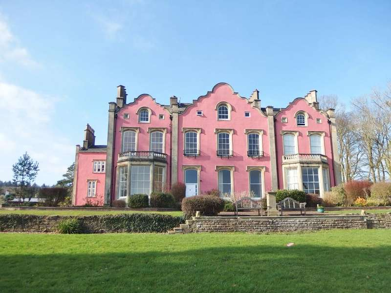 1 Bedroom Apartment Flat for sale in The Haie, Newnham, GL14