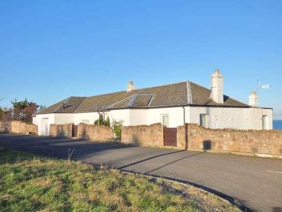 5 Bedrooms Detached House for sale in Castle Dykes, Cockburnspath, East Lothian, TD13 5XE
