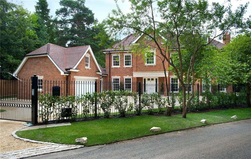 5 Bedrooms Detached House for sale in Shrubbs Hill Lane, Ascot, Berkshire