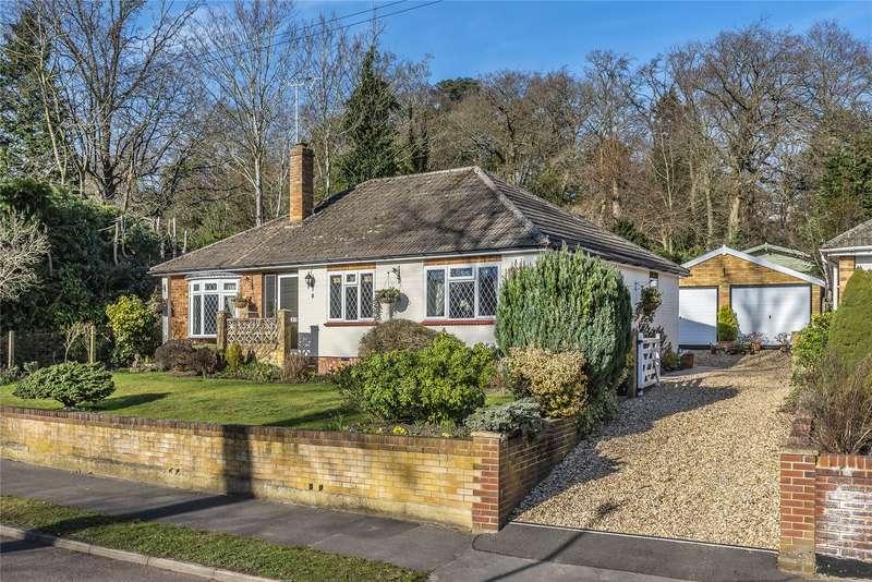 3 Bedrooms Detached Bungalow for sale in Forest End Road, Sandhurst, Berkshire, GU47