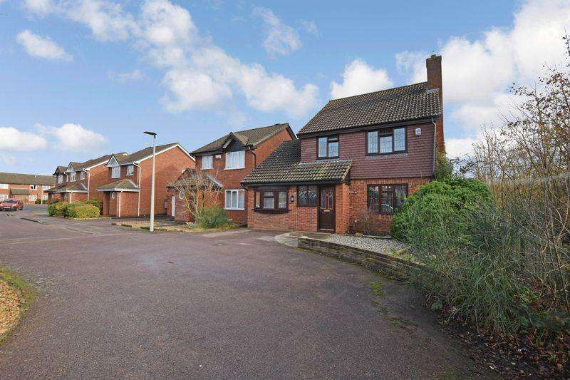 4 Bedrooms Detached House for sale in Bracken Place, Riverfield Drive Area