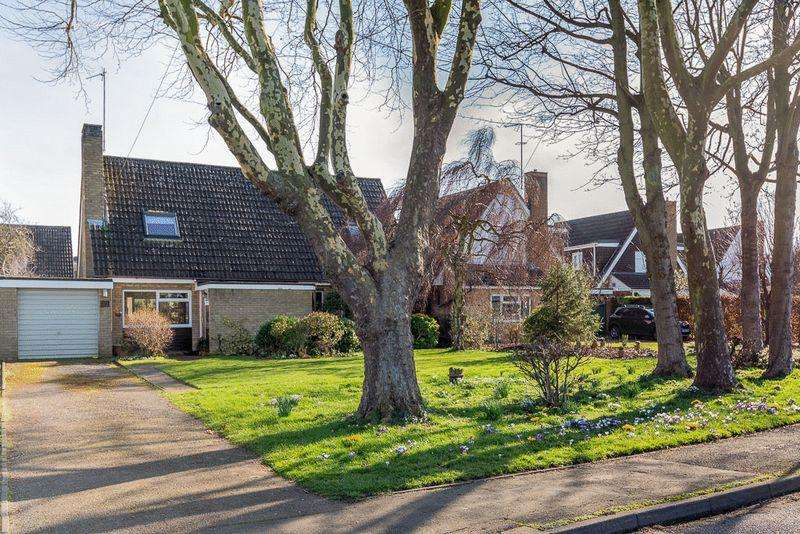 4 Bedrooms Detached House for sale in The Moor, Carlton, Bedfordshire, MK43