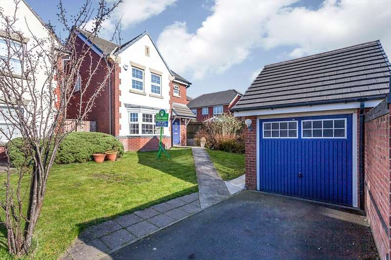 3 Bedrooms Detached House for sale in Nightingale Close, Blackburn, BB1