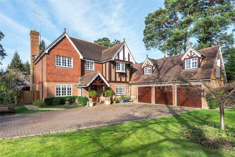 7 Bedrooms Detached House for sale in Old Woking Road, Pyrford, Surrey, GU22