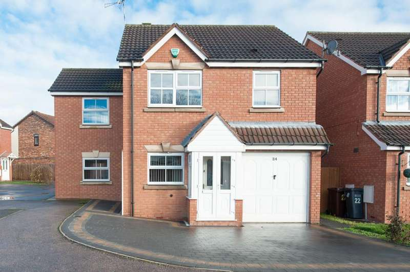 4 Bedrooms Detached House for sale in Enville Close, Marston Green