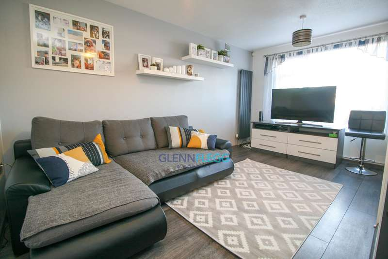 1 Bedroom Ground Maisonette Flat for sale in Holmedale, Slough-