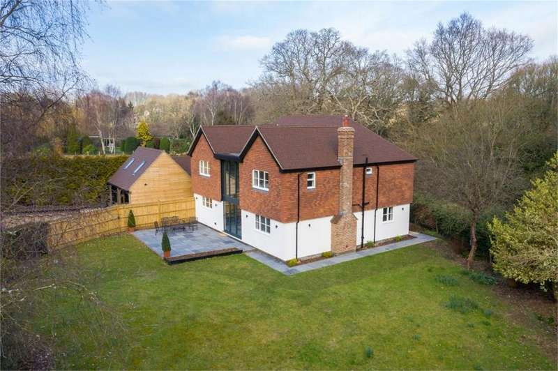 5 Bedrooms Detached House for sale in Shortgate Lane, Laughton