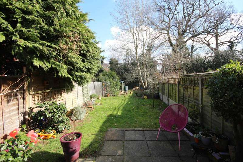 5 Bedrooms Town House for sale in The Oaks, Bracknell
