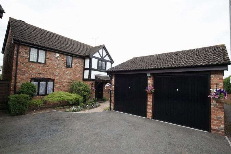 3 Bedrooms Property for sale in Woodmere, Luton