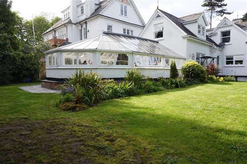 5 Bedrooms Detached House for sale in 93a Ferriby Road, Hessle, Hessle, HU13