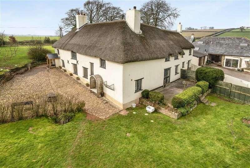 6 Bedrooms Detached House for sale in North Tawton, Okehampton, Devon, EX20