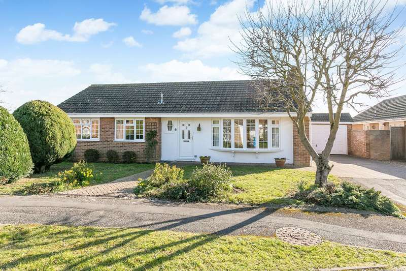 3 Bedrooms Bungalow for sale in Brompton Drive, Maidenhead