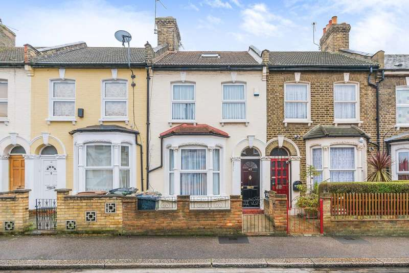 3 Bedrooms House for sale in Etchingham Road, Stratford, E15