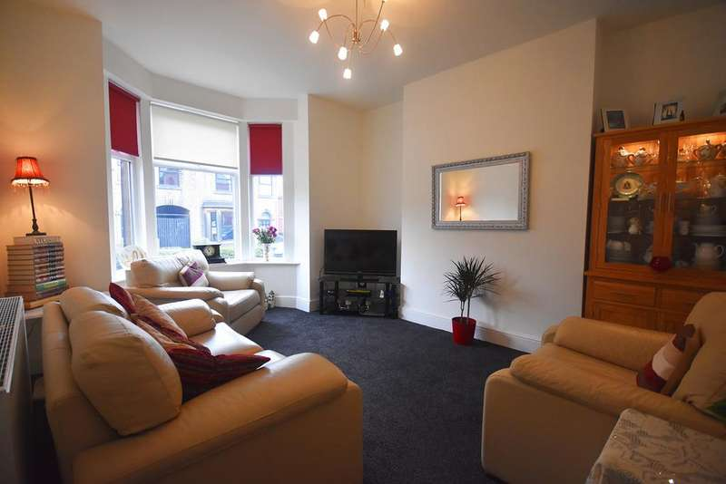 3 Bedrooms Semi Detached House for sale in Huddersfield Road, , SK15