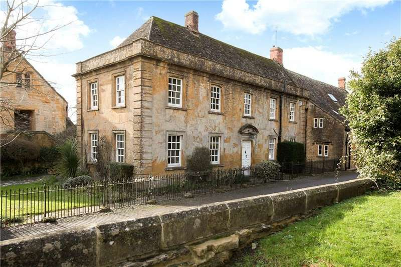 3 Bedrooms House for sale in Pound Lane, Martock, Somerset, TA12