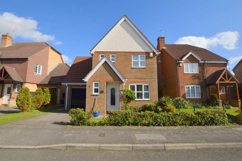 3 Bedrooms Detached House for sale in Danvers Drive, Barton Hills, Luton, Bedfordshire, LU3 4EF