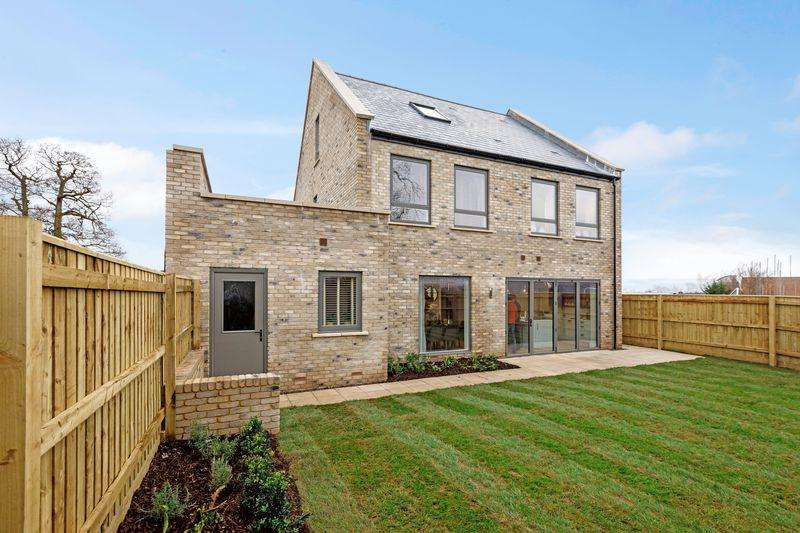 4 Bedrooms Detached House for sale in The Turnbull, Lovel's Farm, Castle Cary - SHOW HOME NOW OPEN