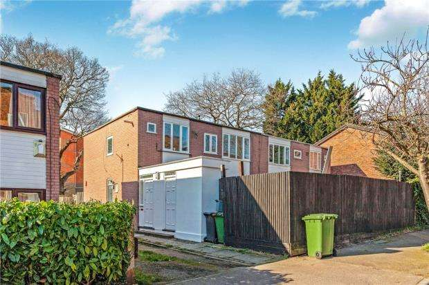 2 Bedrooms Maisonette Flat for sale in Bampton Road, Forest Hill, London