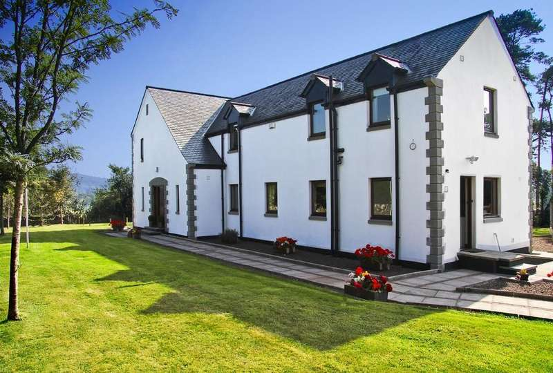 3 Bedrooms Detached House for sale in Bryher House