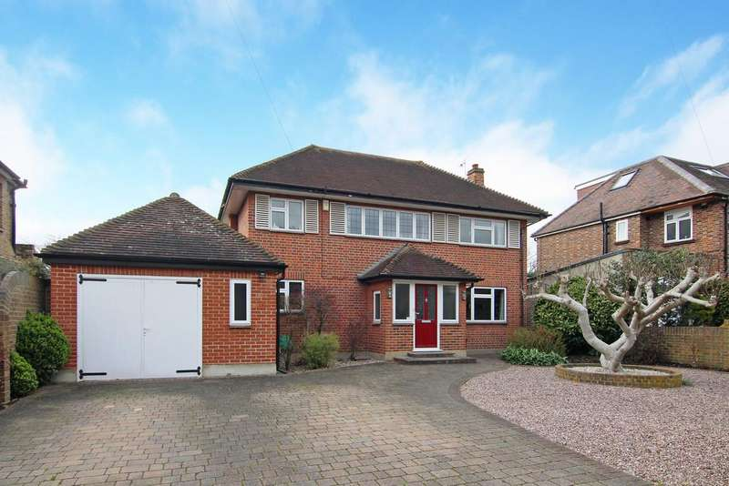 4 Bedrooms Detached House for sale in Nightingale Road, Hampton