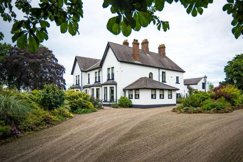 6 Bedrooms Country House Character Property for sale in Welbury, Northallerton