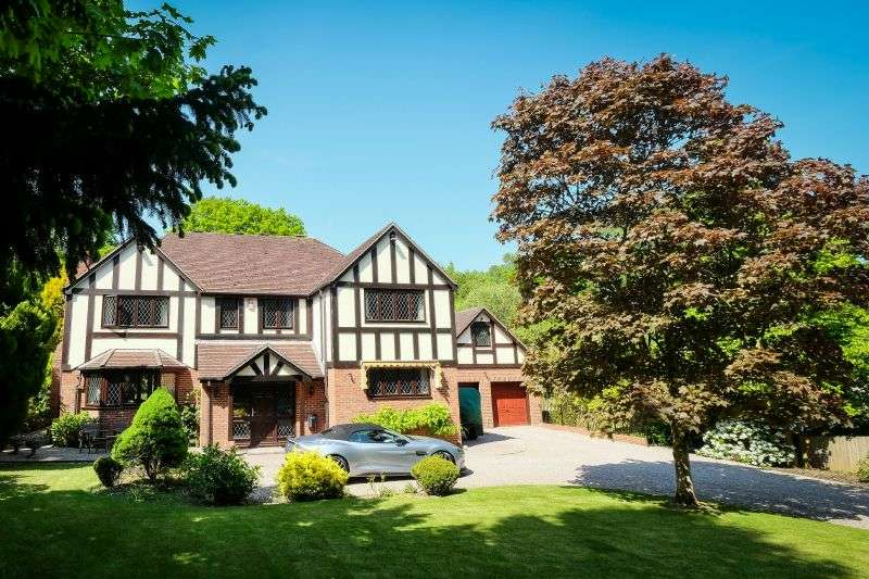4 Bedrooms Detached House for sale in FORD LANE, WEST HILL