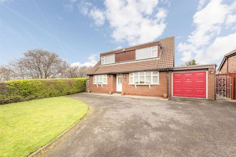 4 Bedrooms Detached House for sale in Dreadnought Road, Brierley Hill, DY5 4TG